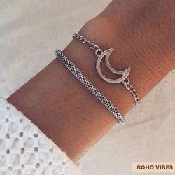 Set de bracelets argentés ☾ Disponible sur www.bohovibes.fr ✨ #BohoVibes #Boutique #Bijoux #Accessoires #Anklet #Bracelet #Lune #Moon #Boheme #Boho #Shopping #BohoOutfit #BohoStyle #BohemeChic #Jewelry #Jewels #Accessories #OnlineShopping #Ootd #Eshop #Mode #Details #FashionDetails #FashionJewelry #BohoJewels #BohoJewelry