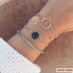 Set de bracelets argentés, disponible sur www.bohovibes.fr ✨ #BohoVibes #Boutique #Bijoux #Bracelet #Anklet #Accessoires #Boheme #Boho #Shopping #Ootd #Nouveaute #New #BohoOutfit #Set #BohoStyle #BohemeChic #Jewelry #Jewels #Accessories #BohoJewels #BohoJewelry #OnlineShopping #Eshop #Mode #Details #Outfit #FashionDetails #FashionJewelry