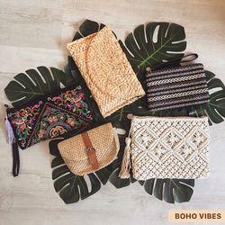 🌷OFFRE PRINTEMPS : UNE COMMANDE = UN CADEAU 🌷 Offre valable jusqu'au 3 avril pour toute commande de 15€ minimum ! N'hésitez pas à partager l'offre autour de vous pour soutenir BOHO VIBES, soutenons les indépendants pendant cette période si particulière 🙏🏼 Rendez-vous sur www.bohovibes.fr ✨ #BohoVibes #Boutique #Bijoux #Accessoires #Boheme #Boho #Shopping #BohoOutfit #BohoStyle #BohemeChic #Jewelry #Jewels #Pochette #Sac #SacBanane #Printemps #Spring #Accessories #OnlineShopping #Eshop #Mode #Details #Cadeau #Present #BohoJewels #FashionDetails #FashionJewelry #BohoJewelry #SoutenonsLesIndependants